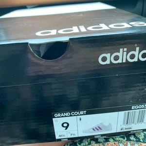 ADIDAS GRAND COURT SIZE 9